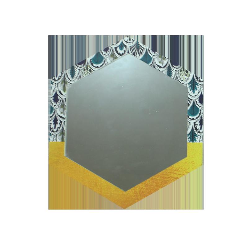 Boîte en bois avec décoration de miroir